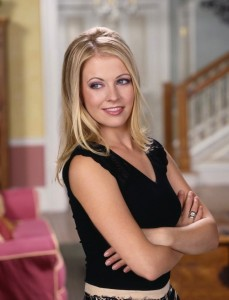 Sabrina-Season-7-Promo-melissa-joan-hart-2011855-806-1000